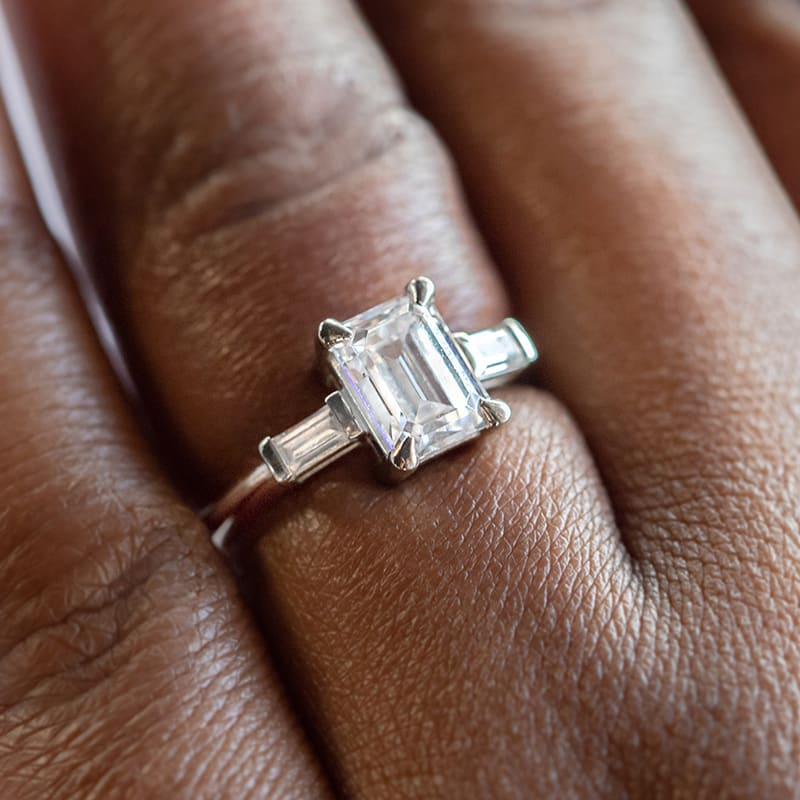 A low profile white gold ring